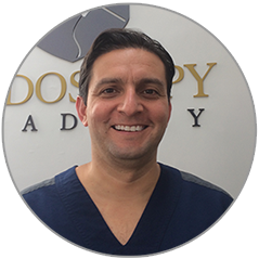 Dr Ronny Calderón